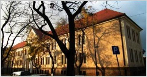 30 órás továbbképzés Pécsen